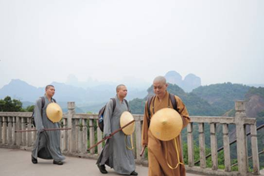 http://old.buddhism.org.hk/upload/editorfiles/2009.10.16_14.17.3_3060.JPG